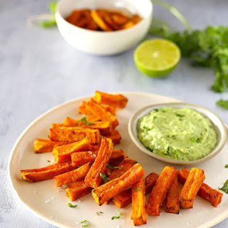 Sweet Potato Chips with Avocado + Yoghurt Dipping Sauce.