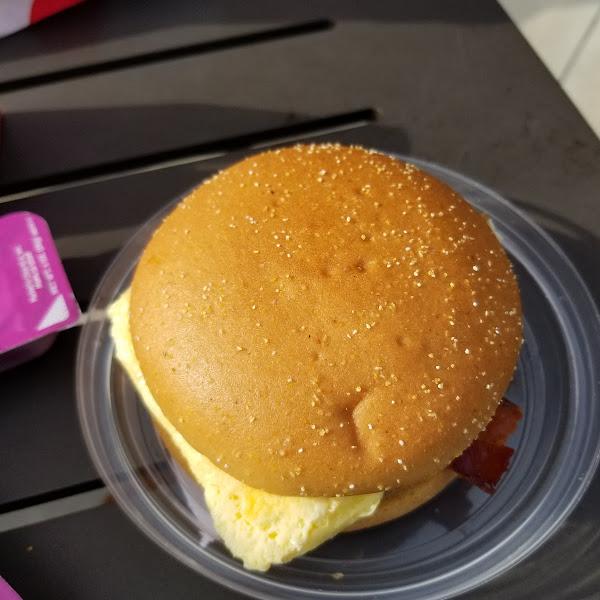 Bacon and egg sandwich on gf bun