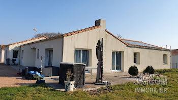 maison à Venansault (85)