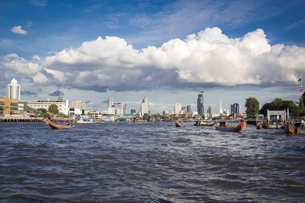 Big Cloud over Bangkok di Toffee31