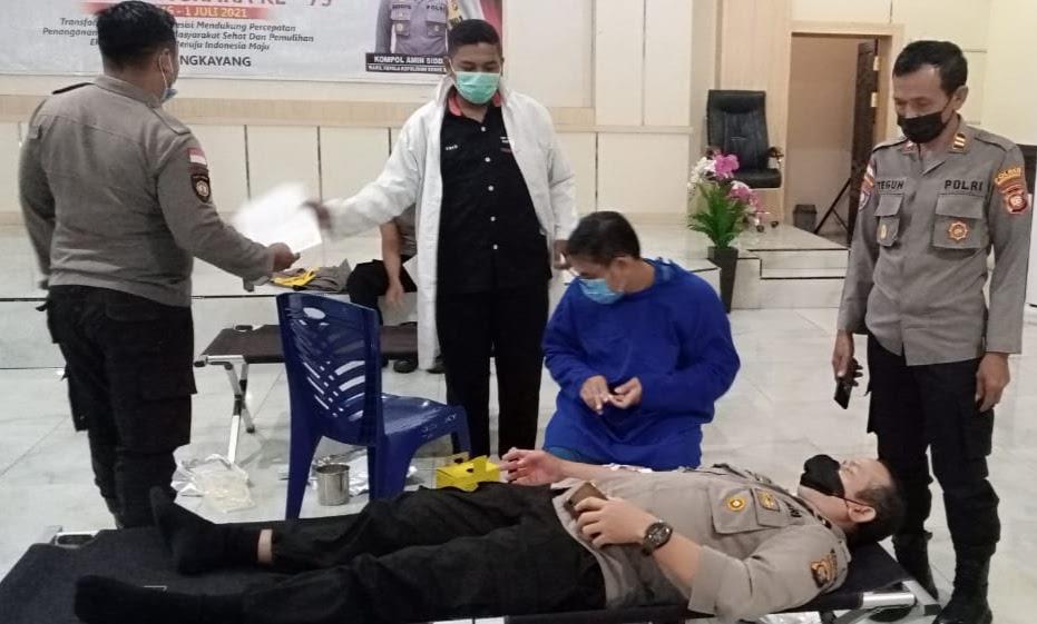 Hari Bhayangkara Ke -75 Polres Bengkayang Lakukan Donor Darah