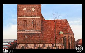 Photo: Die Kirche St. Johannis in Malchin ist ein Ersatzbau für den romanischen Erstbau, welcher im Jahr 1397 abbrannte. Die jetzige Höhe des Kirchturmes beträgt 65 Meter.