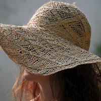 Un ingrombrante cappello di