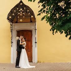 Wedding photographer Anna Lisovaya (AnchutosFox). Photo of 25.07.2018