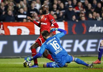 """Lamkel Ze : """"J'ai été touché par le gardien et je reçois une jaune qui me suspend contre Genk"""""""
