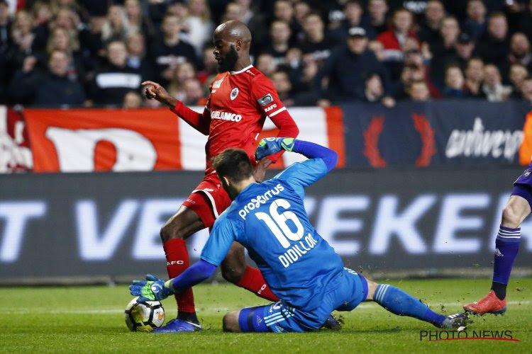 "Penalty of geen penalty voor Antwerp: ""Ja, ik raak hem, maar..."""
