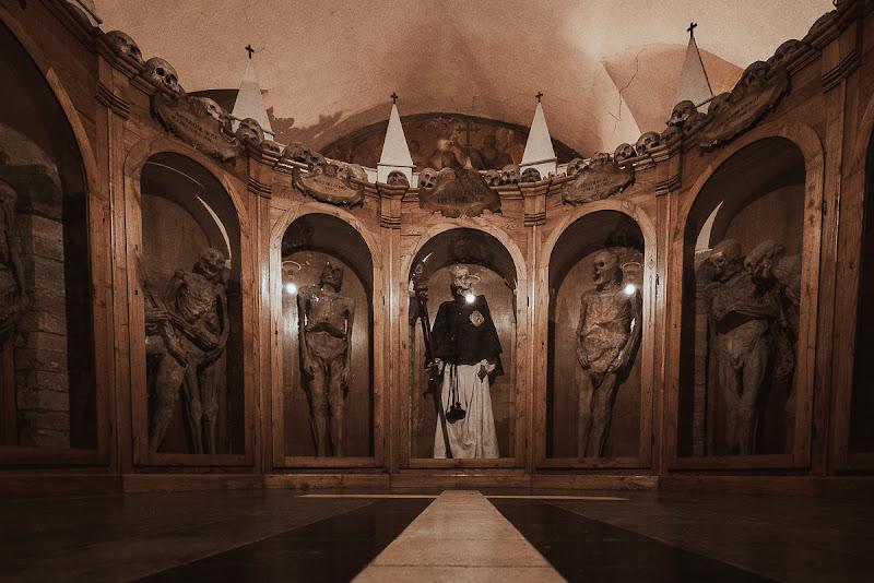 Urbania Chiesa dei Morti di Dosantos