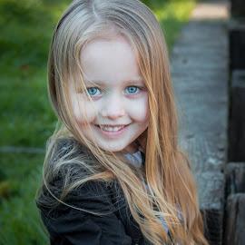 Blue eyes by Jenny Hammer - Babies & Children Child Portraits ( pretty, outside, girl, cute, child )