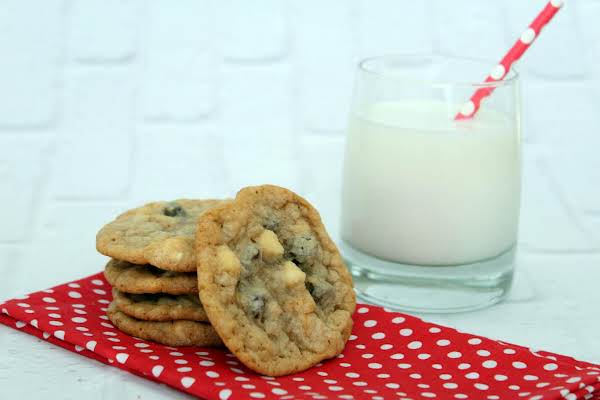 5 Delicious Cookies And A Glass Of Milk