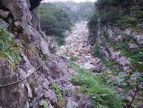 岩切道を進む