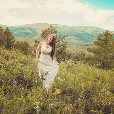 Wedding photographer Viktoriya Martirosyan (viko1212). Photo of 17.07.2015