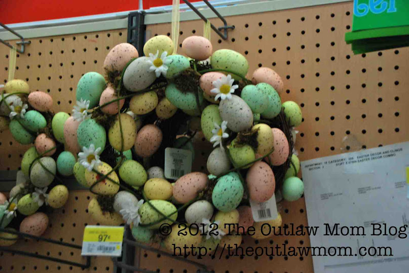 Photo: Cool idea I have to borrow for this Easter if I get to a wreath in time.