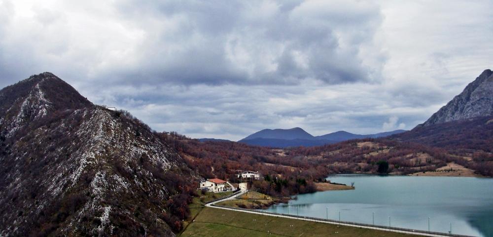 Lago montano