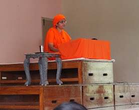 Photo: Pujya Mataji taking class