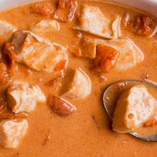 Low Carb Indian Chicken Curry.