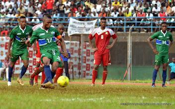 Photo: Captain Umaru 'Zingalay' Bangura converts the penalty (72 min) to put the Leone Stars 2-0 ahead [Leone Stars v Seychelles, Freetown, 19 July 2014 (Pic: Darren McKinstry)]