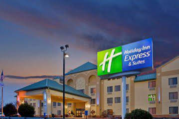 Holiday Inn Express and Suites St Louis West Fenton