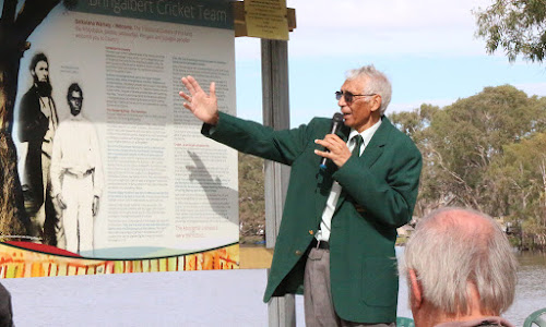 Les Knox speaks at the 1868 and 1988 Aboriginal cricket tour reunion weekend, which was held in Edenhope across the Easter long weekend.