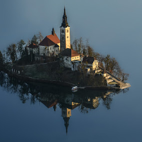 Otoček sredi jezera by Bojan Kolman - Buildings & Architecture Places of Worship (  )