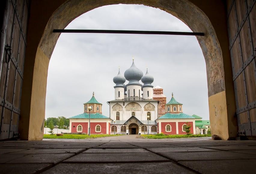 alexbelykh.ru, Тихвинский Богородичный Успенский мужской монастырь