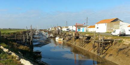 Photo: le port des Champs