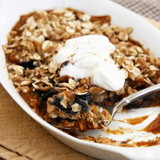 Pumpkin-Blueberry Breakfast Crisp for One