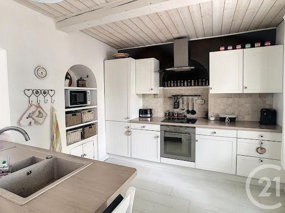 Vente villa 5 pièces 137,77 m2