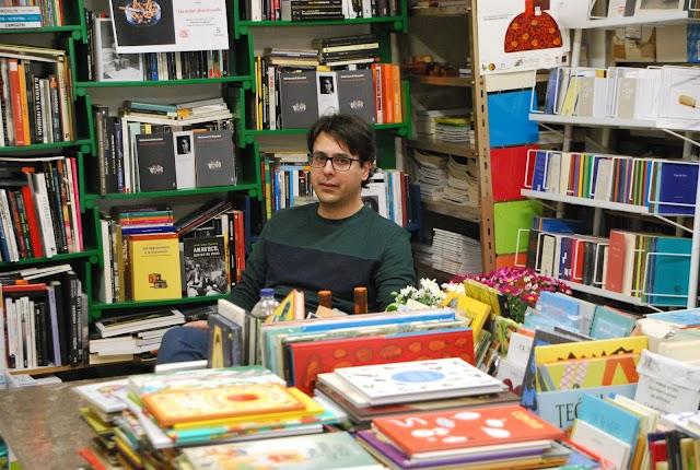 Mohamed El Morabet presenta esta tarde su primera novela.