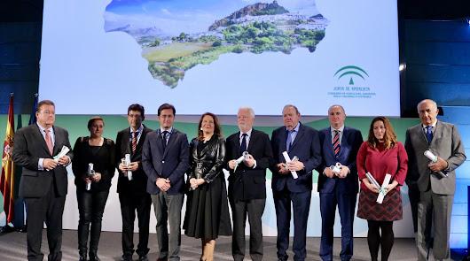 """Crespo resalta """"la excelencia"""" de los premiados en los XIV Premios Agricultura"""