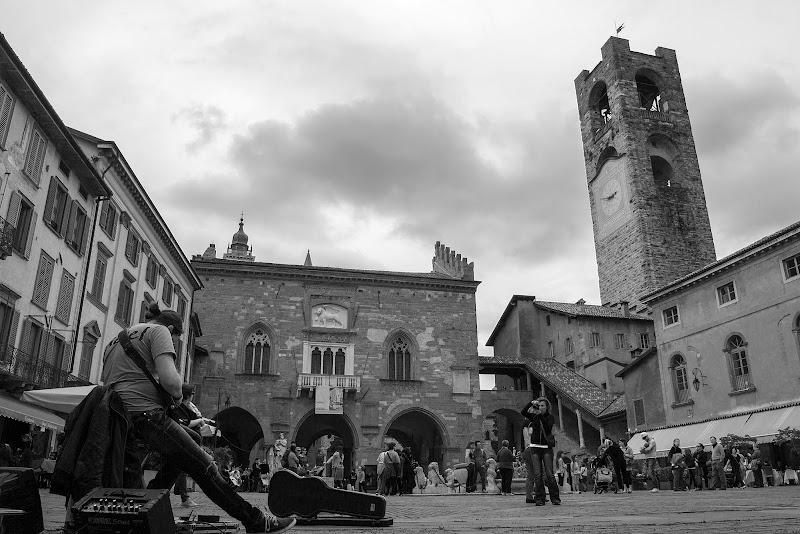 Piazza Vecchia Bergamo di giampieropetrone