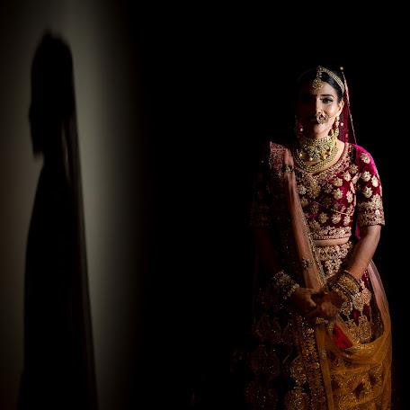 Wedding photographer Namit Narlawar (knottyaffair). Photo of 16.12.2017