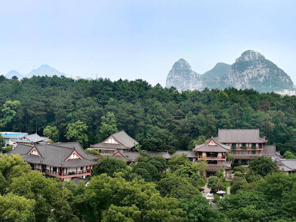 Gui Lin Yi Royal Palace
