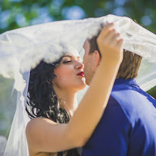 Wedding photographer Vladimir Carenok (Kobofot). Photo of 01.10.2014