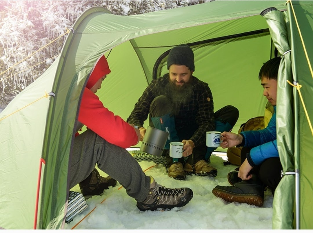 Portable cabin style tent