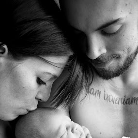 The First Family Photo by Brittany Humphrey - People Family ( maternity, birth, parents, family, infant, childrem, pwcemotions, baby, people, newborn, parenting )