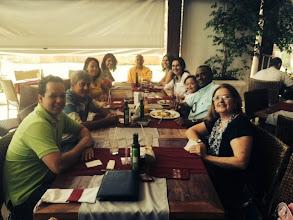 Photo: Almoço com devotos