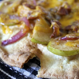 Pita Pizzas with Sautéed Apples and Bacon