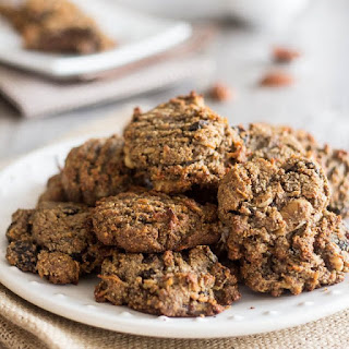 N'Oatmeal Cookies – The Paleo Response to Oatmeal Cookies!