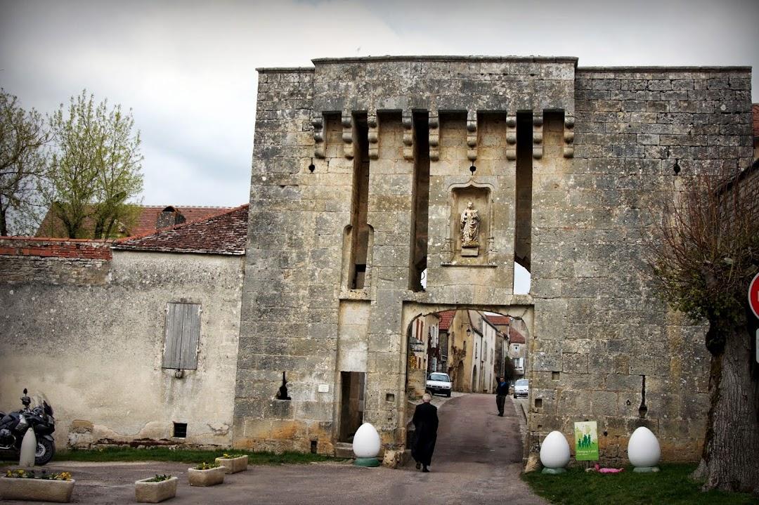 Porte du bourg - Флавиньи-сур-Озрен