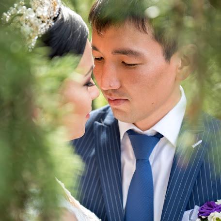 Свадебный фотограф Виктор Пономарев (vic1986). Фотография от 26.06.2016