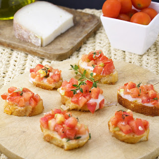 Bruschetta With Goat Cheese And Thyme