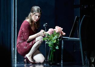 """Photo: WIEN/ Theater in der Josefstadt: """"VOR SONNENUNTERGANG"""" von Gerhard Hauptmann. Premiere 3.9.2015. Marina Senckel. Copyright: Barbara Zeininger"""
