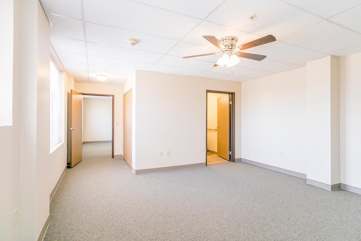 Madison Street Senior Apartments for Rent in Topeka, Kansas