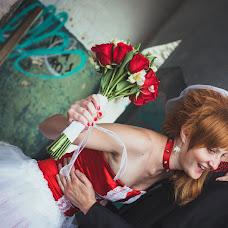 Wedding photographer Irina Spirina (Yarkaya). Photo of 19.08.2013