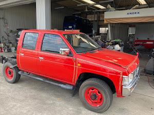 ダットサントラック 4WDのカスタム事例画像 変な車おじさんさんの2020年11月12日19:05の投稿