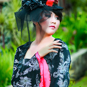 Glamours Gothic by Ganang Sujarwo - People Portraits of Women