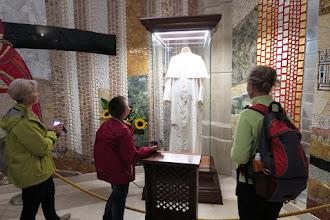 Photo: Zaujala aj reverenda Jána Pavla II., ktorú mal oblečenú, keď ho postrelili