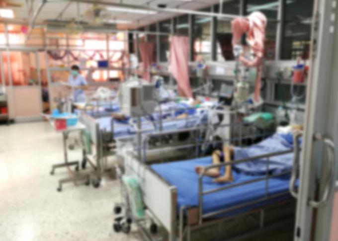 Em Manaus, o caos na saúde pública levou à superlotação de hospitais e à falta de oxigênio para pacientes. (Fonte: Freepik)