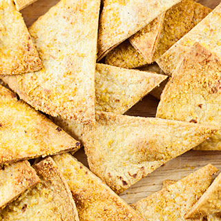 Quick Healthy Baked Corn Chips.