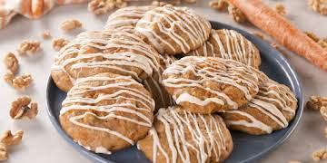 Cheesecake Stuffed Carrot Cake Cookies Are INSANE